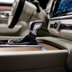 170138_Interior_Gear_lever_Volvo_S90